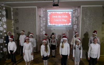 Kalėdinių dainų ir giesmių popietė