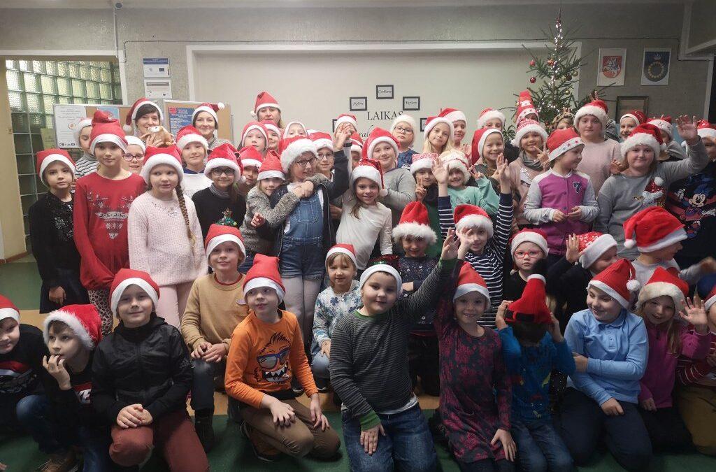 Kalėdinių kepurių akcija